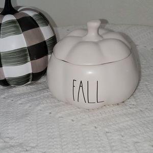 Rae Dunn by Magenta Fall pumpkin dish